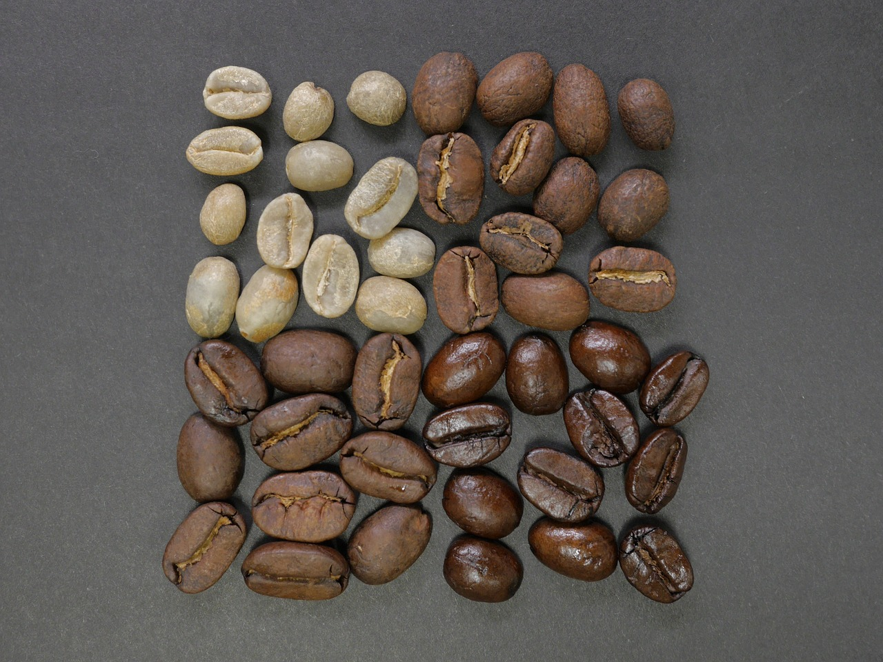 coffee-beans-1082116_1280